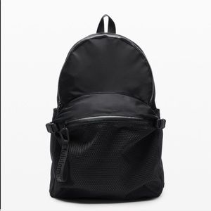 NWT lululemon all hours backpack black